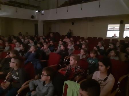 Przedstawienie pt. Calineczka w Gminnym Ośrodku Kultury w Goniądzu